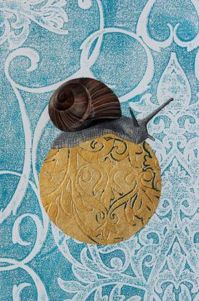 munich artists nina schmid snail on gold globe
