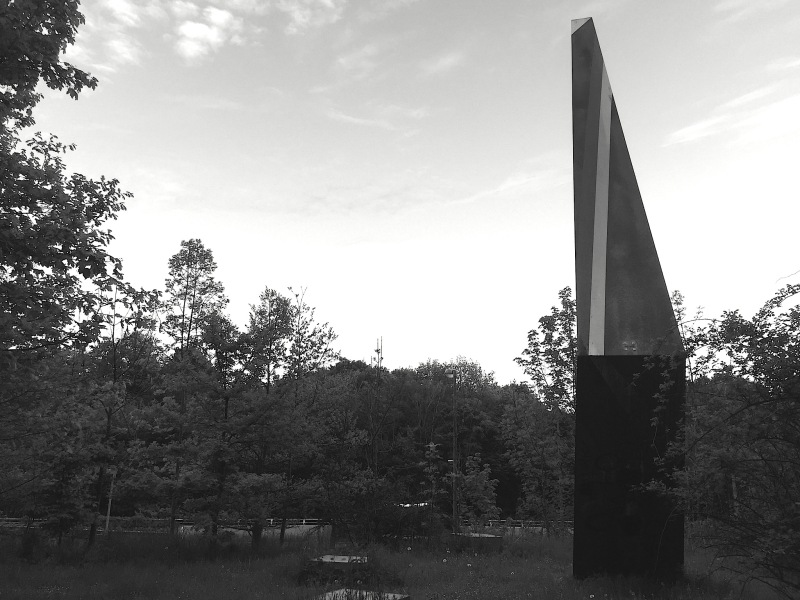 munich-artists-brudermuehlstrasse-bridge-sculpture-wings