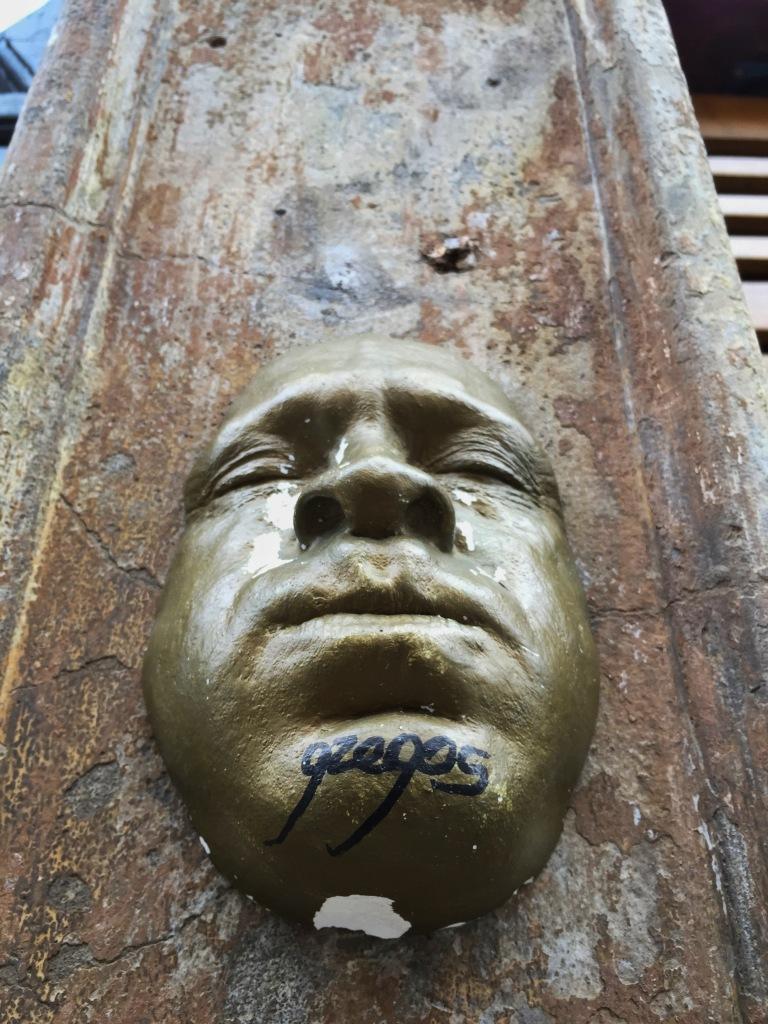 Gzegos street art face