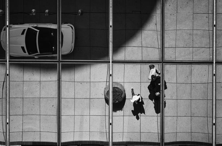 photo by Sandra Druschke -check-in, Hyatt Düsseldorf (German Photographer) Must reference her as photographer