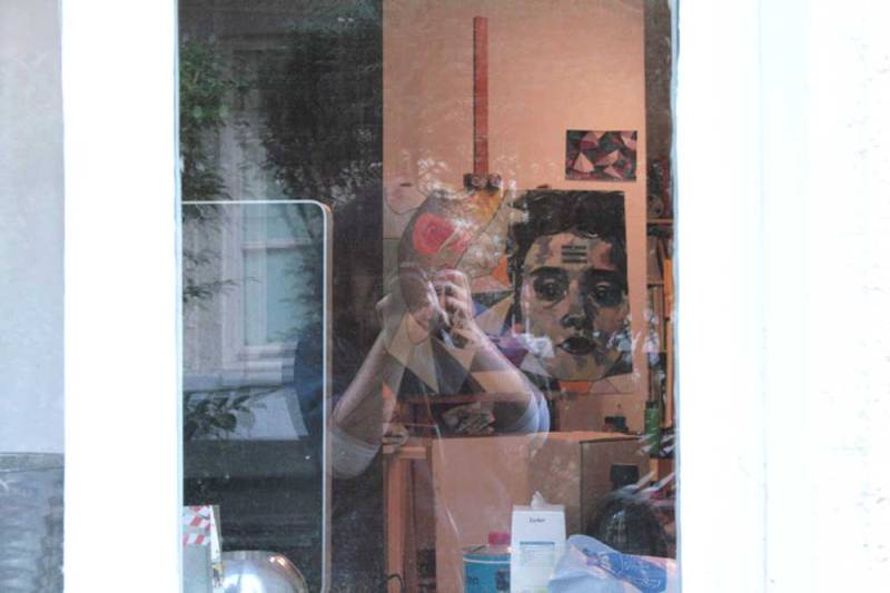 outside-friday-gallery-emmy-horstkamp-studio