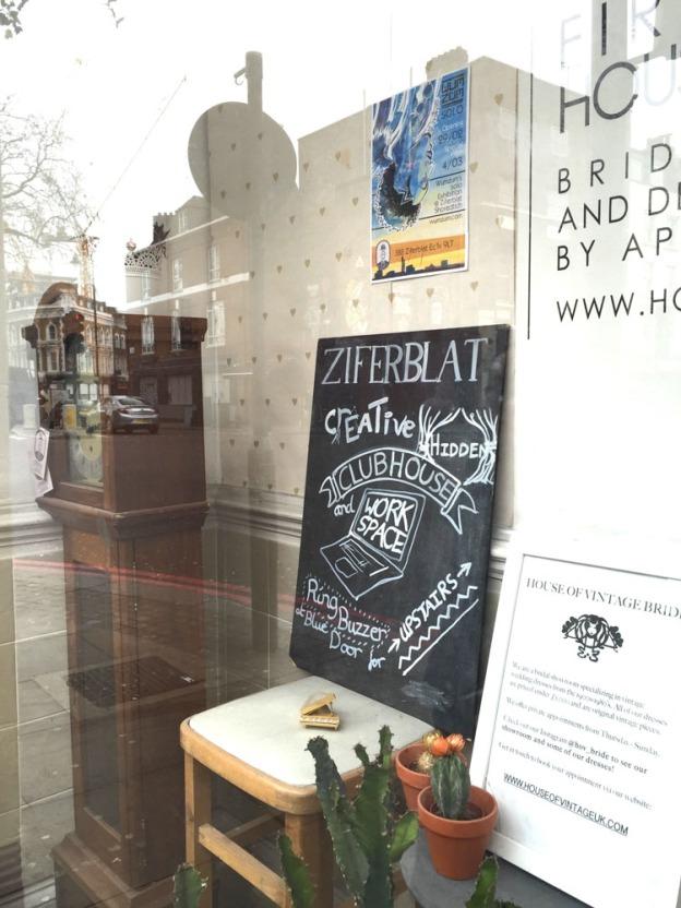 Munich Artists london ziferblat space12914917_998736083514872_1899956382_o