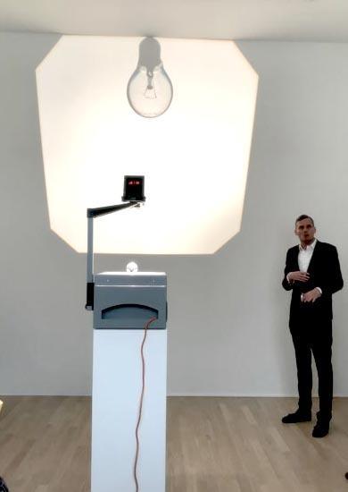Overhead projection by Ceal Floyer -Lenbachhaus - Mentalies Gelb- SonnenHöchstand Die Sammlung KiCo